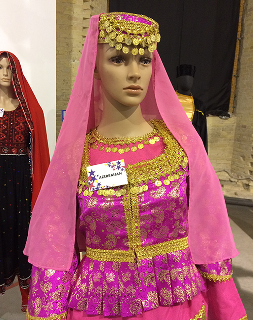 Outlook16.jpg