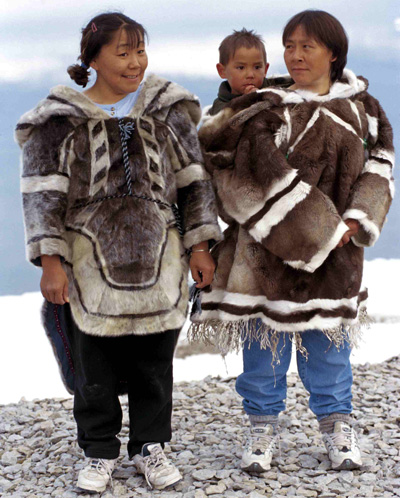 National-costume-of-Alaska.jpg