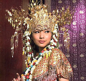 songket_woman.jpg