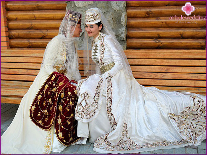 Ossetian-wedding-dress.jpg