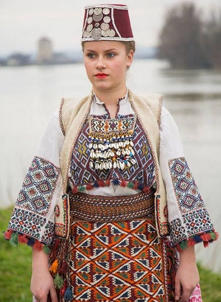 Serbian-folk-dress.jpg