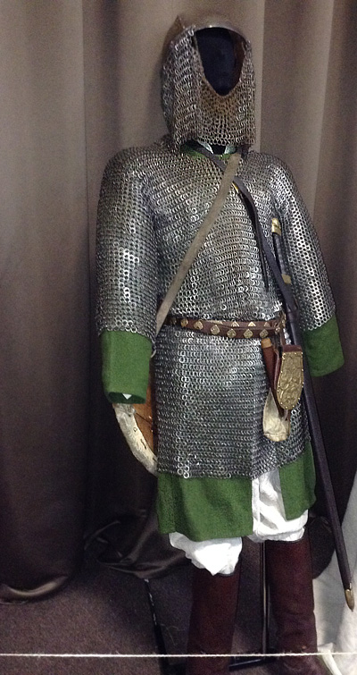 Armor-of-a-Hungarian-warrior.jpg