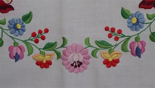 Hungarian-embroidery6.jpg